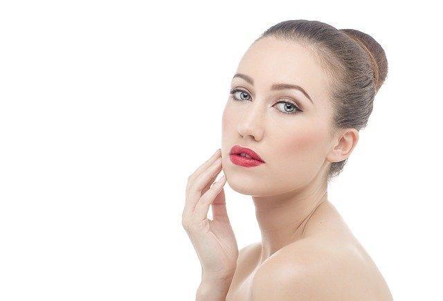 Realza la belleza y la salud a través del uso del Ácido Hialurónico